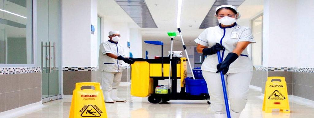 Empleo Personal Sanitario De Limpieza Con Tapabocas9