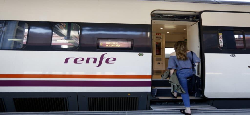 Empleo Renfe Tren Publico
