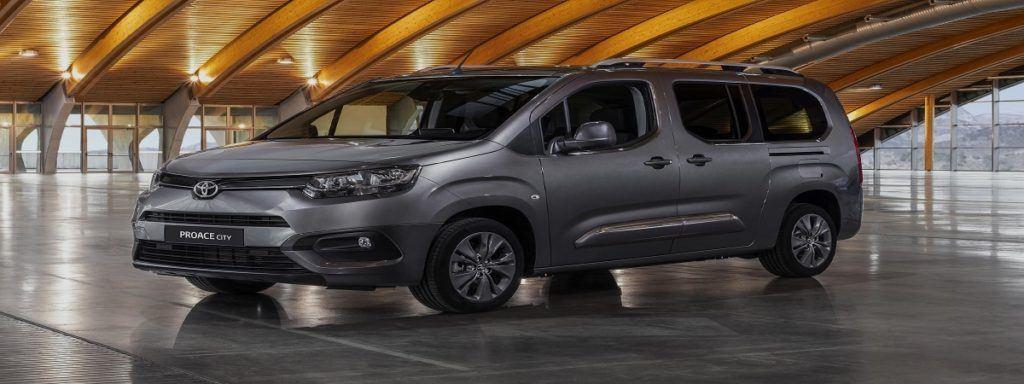Empleo ToyotaProaceCity vehiculo 1024x384 - Toyota abre vacantes de empleo en Galicia para la producción de furgonetas Proace City