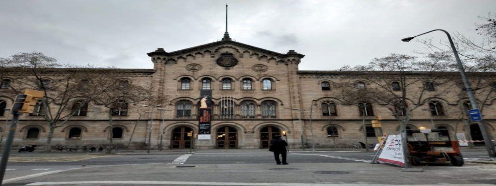 Empleo Universidad Barcelona Fachada2