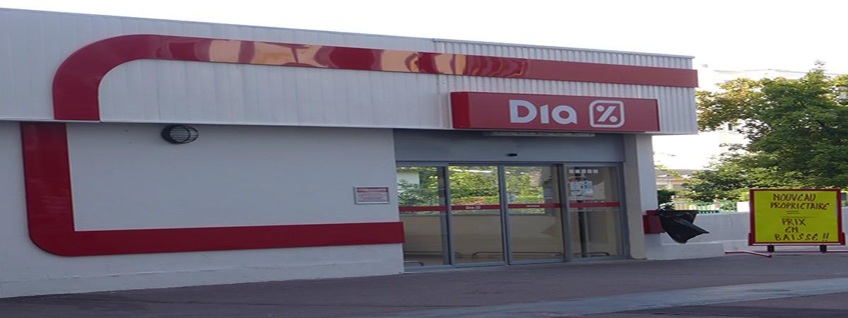 Empleo dia exterior1 - Más de 100 nuevos empleos en Supermercados Día y Aldi